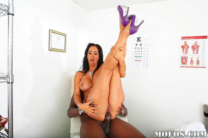 Sexy black shemales having lesbian sex videos