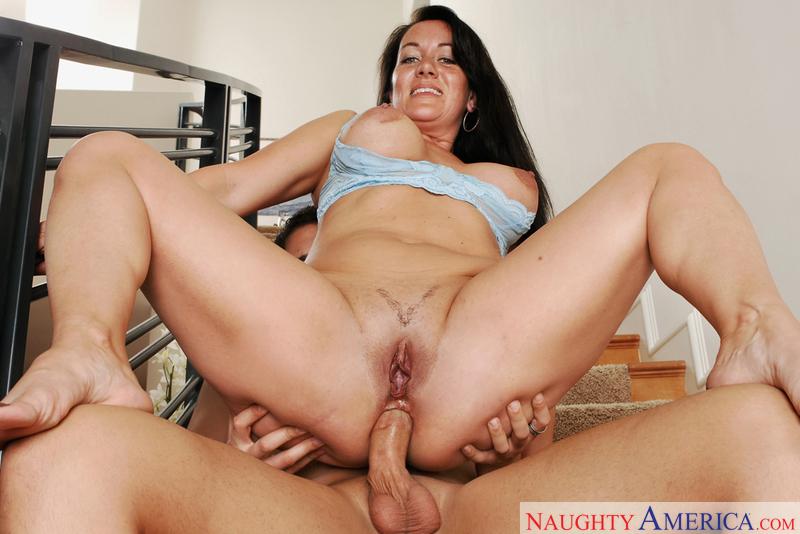 Cougar milf anal porn