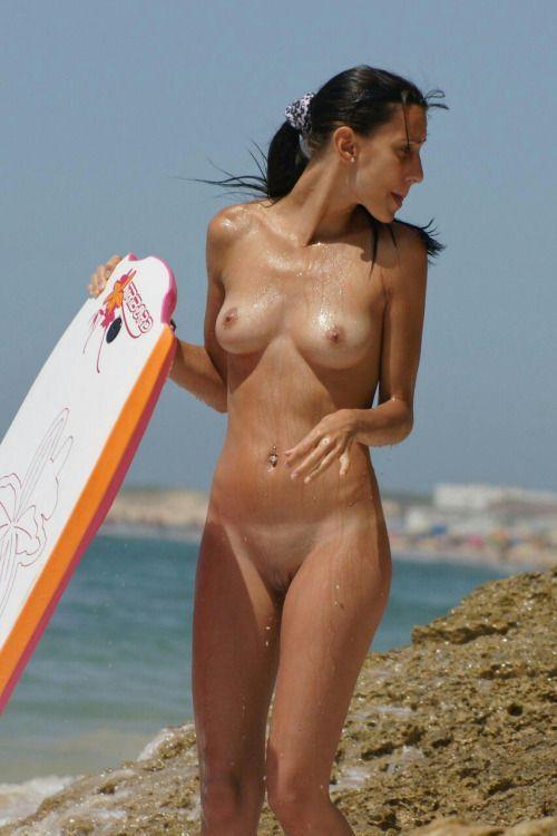 Babe nude beach girls