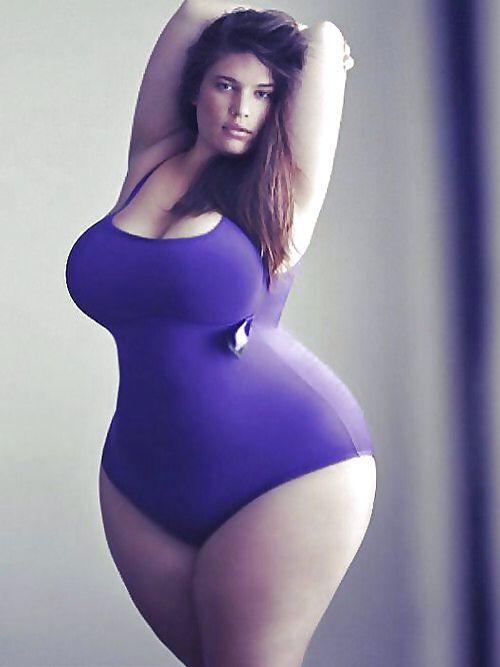 Real mature curvy women