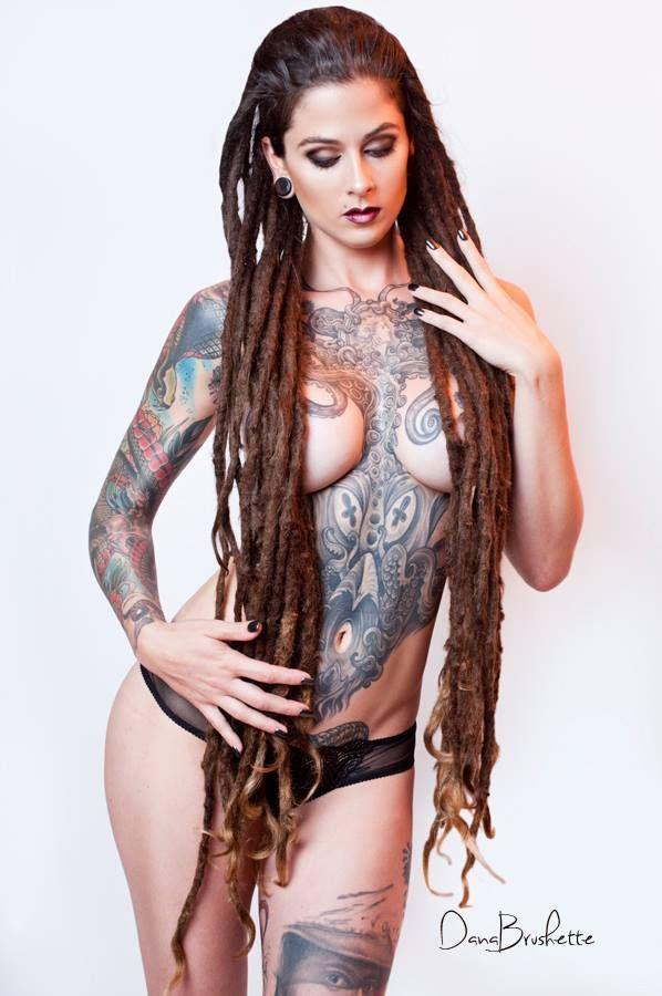 Luscious suicide nude