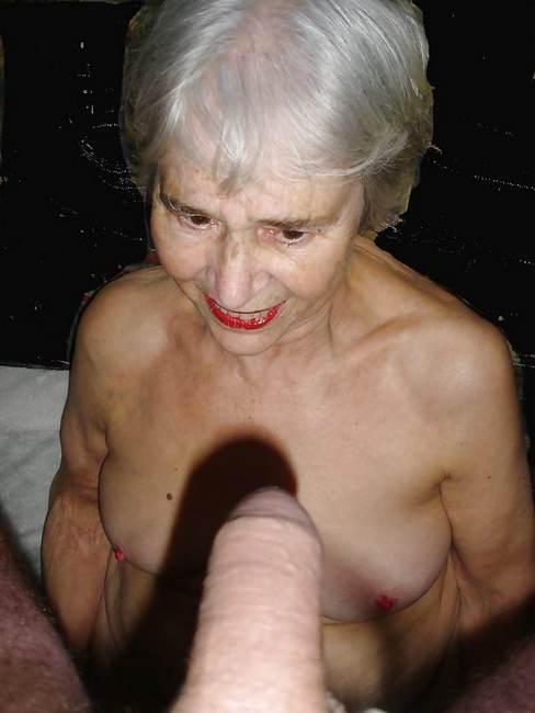 Mamie sexe de vieille