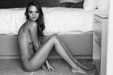 Nude girls model shoot