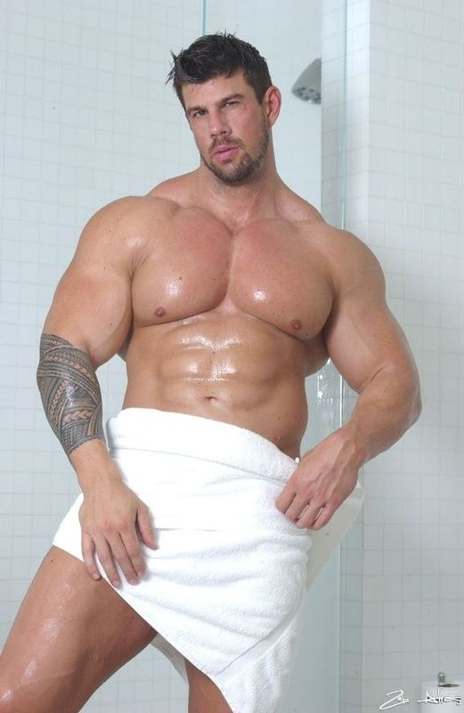 Muscular gay men porn