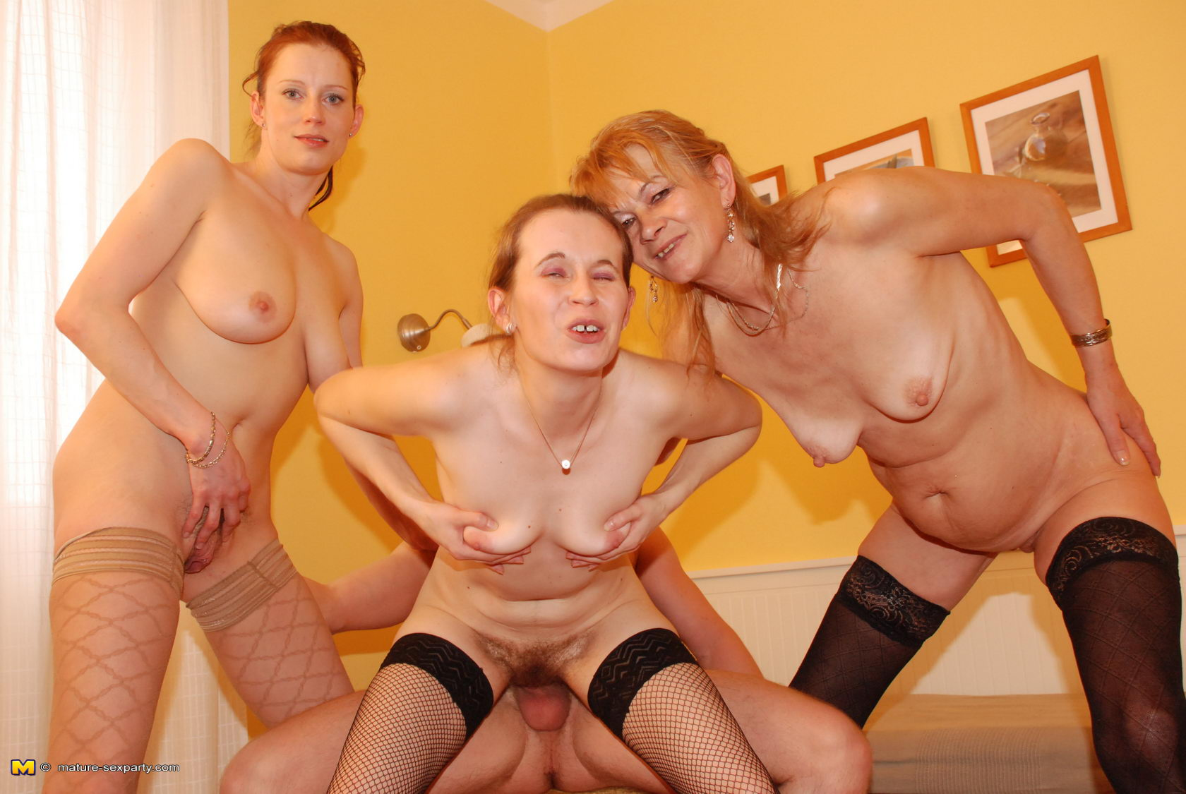 Mature fuck party com