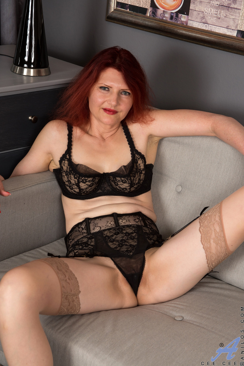 Busty mature redhead cougar spreads