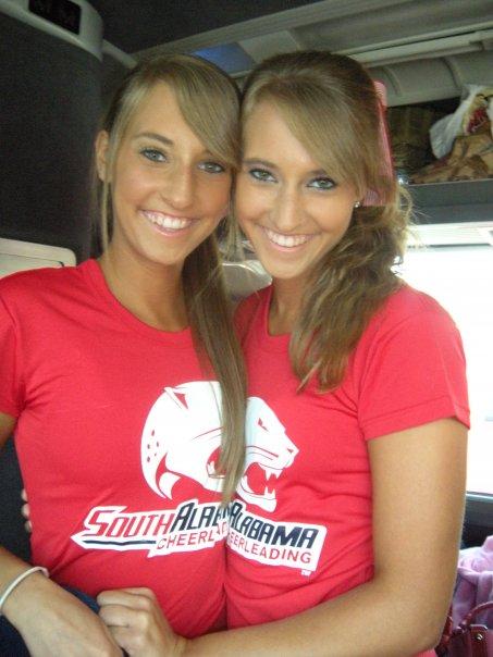 cheerleaders triplet South alabama