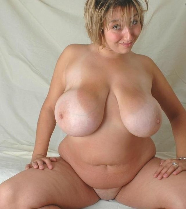 Busty mature woman naked