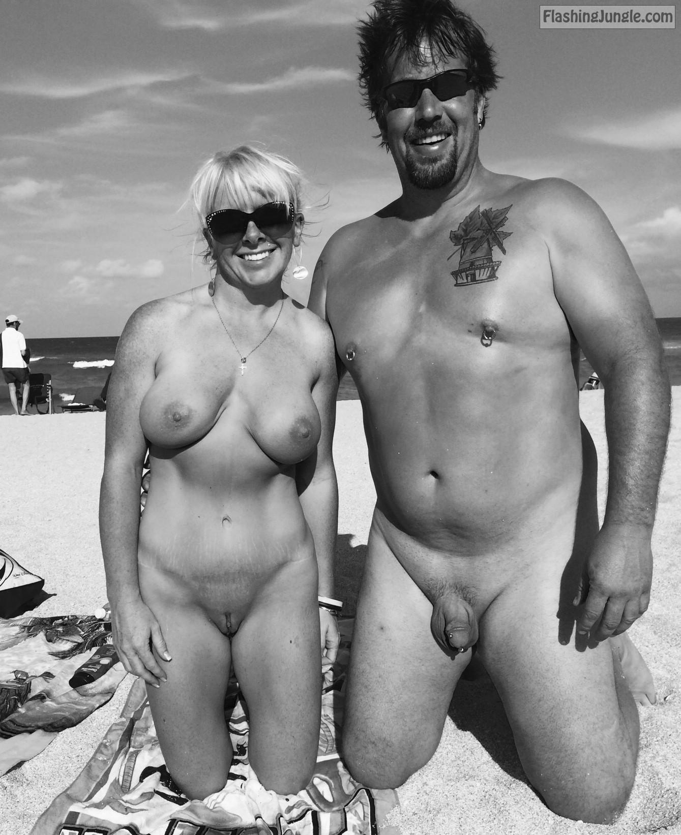 nude Amateur milf public
