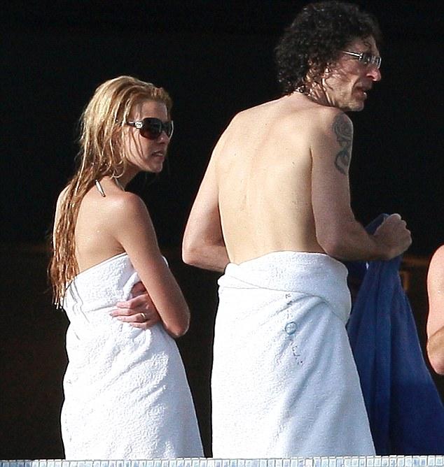 Howard stern beth ostrosky nude