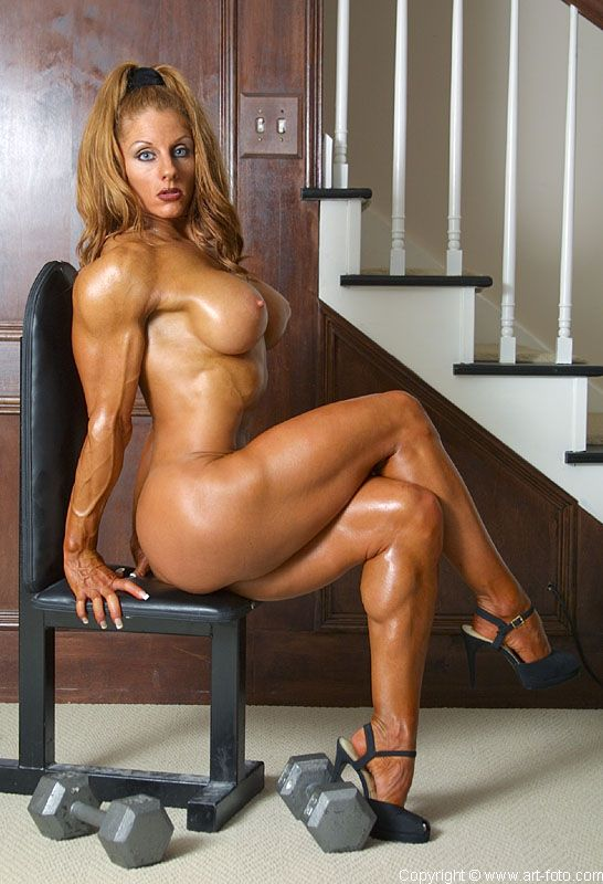 Sexy muscle woman porn