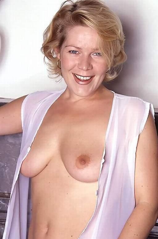 Mature nude women models
