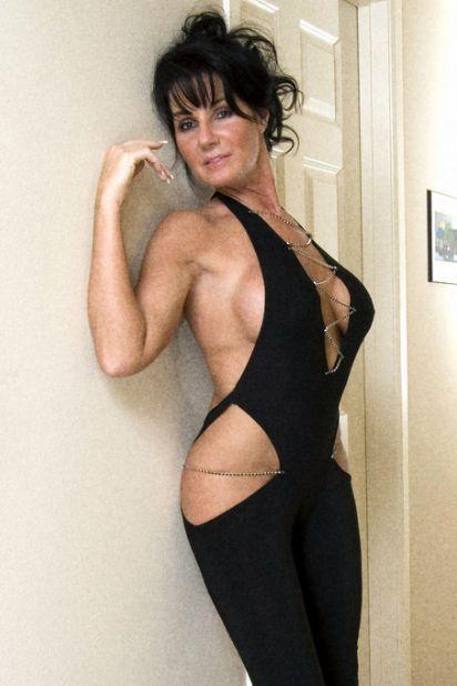 Mature brunette big tits milf