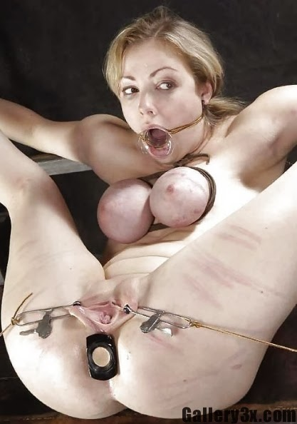 Tight breast bondage tit