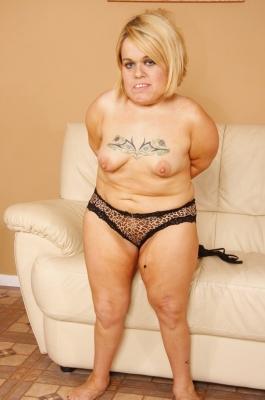 Sexy midgets pussy