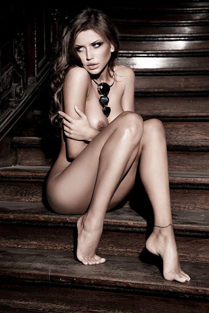 Monika pietrasinska nude
