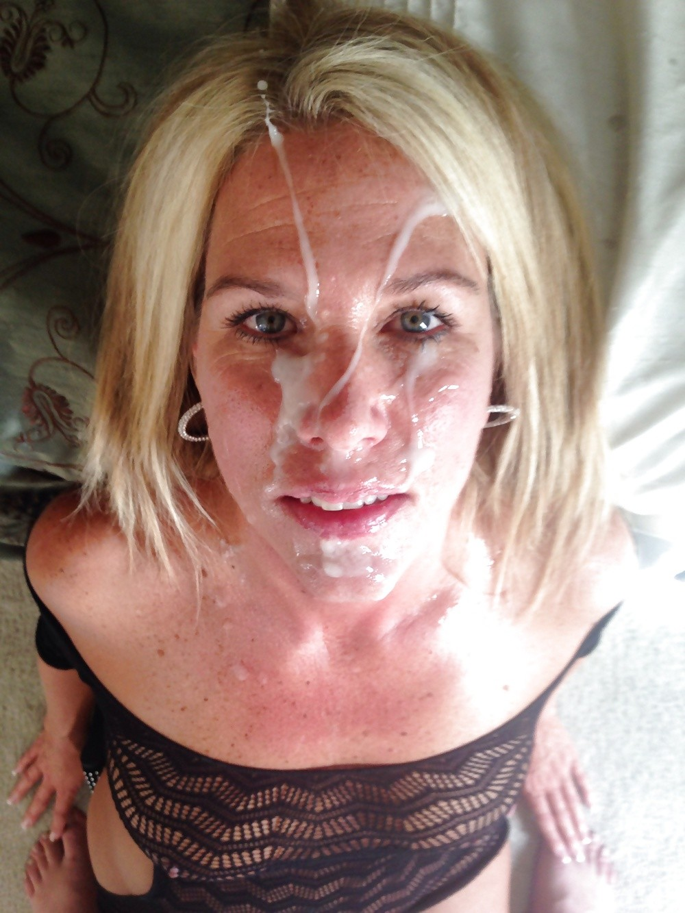 Facials cum covered milfs