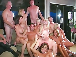 swinger orgy Mature