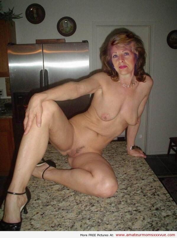 Amateur nudist granny