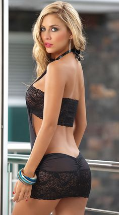 Lina posada sexy body
