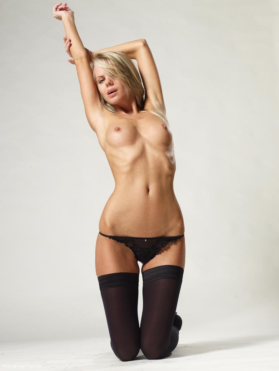 Simona hegre art nudes