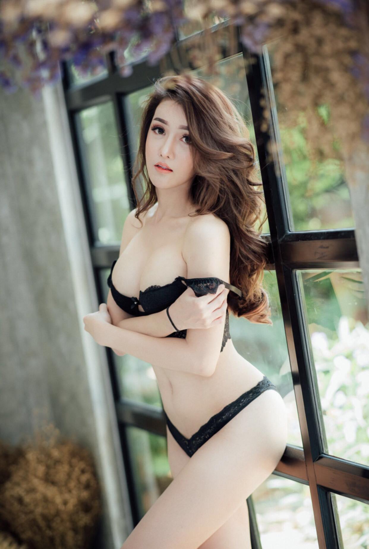 Most beautiful sexy girls