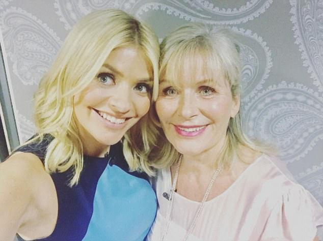 Lynne blonde bombshell