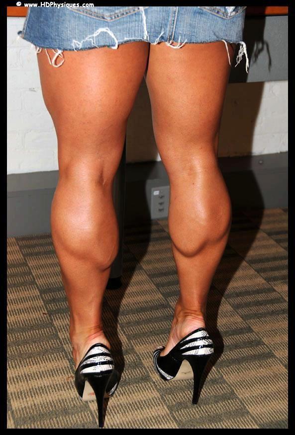 Muscular legs and calves porn