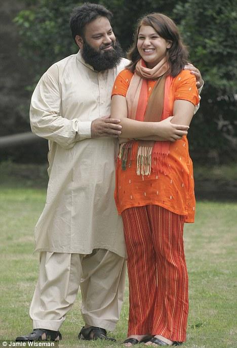 Pakistani sexy mom