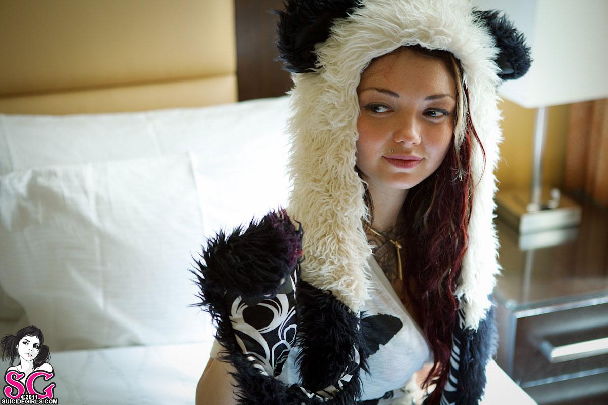 Soya suicide panda girl