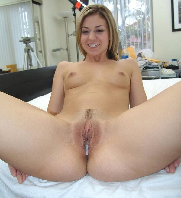 Teen girls squirting solo
