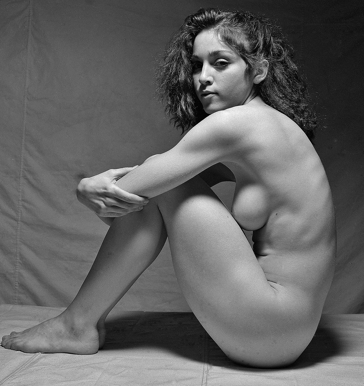 spread Madonna nude