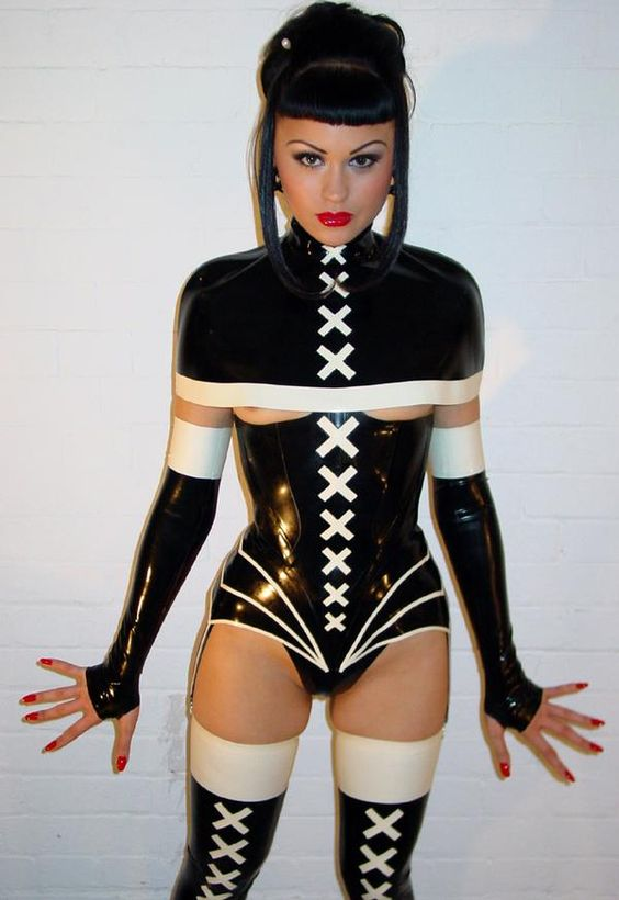 Hot girls in latex porn
