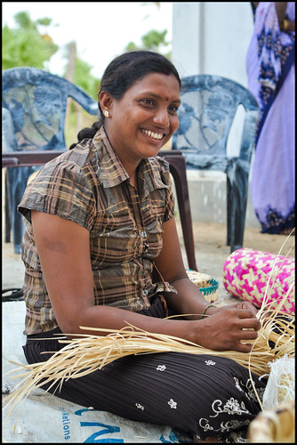 Sri lanka tamil women