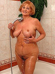 Sally g lusty grannies