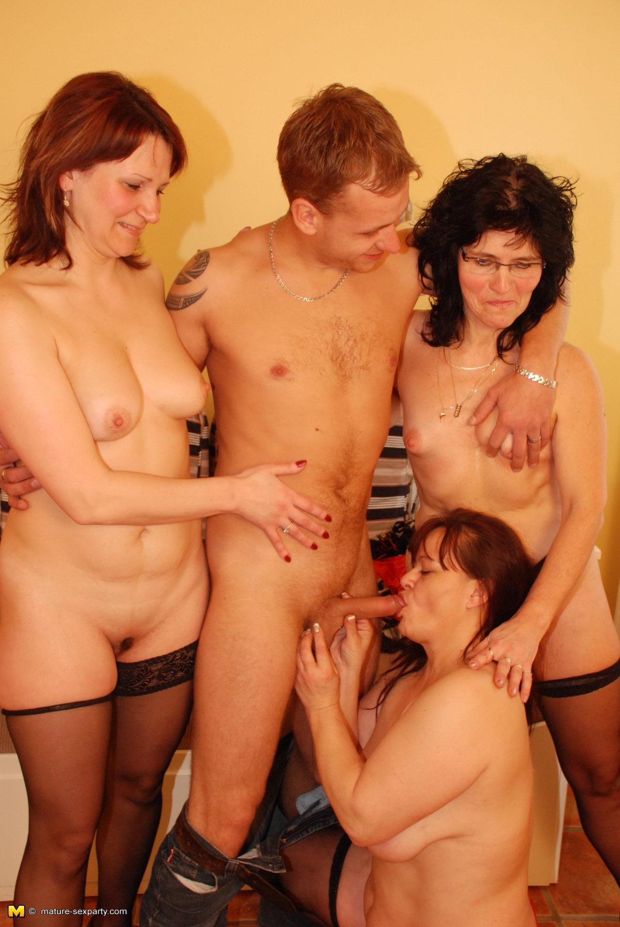 Mature women party sex