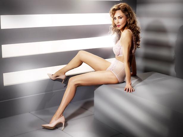 nice with legs women Mature