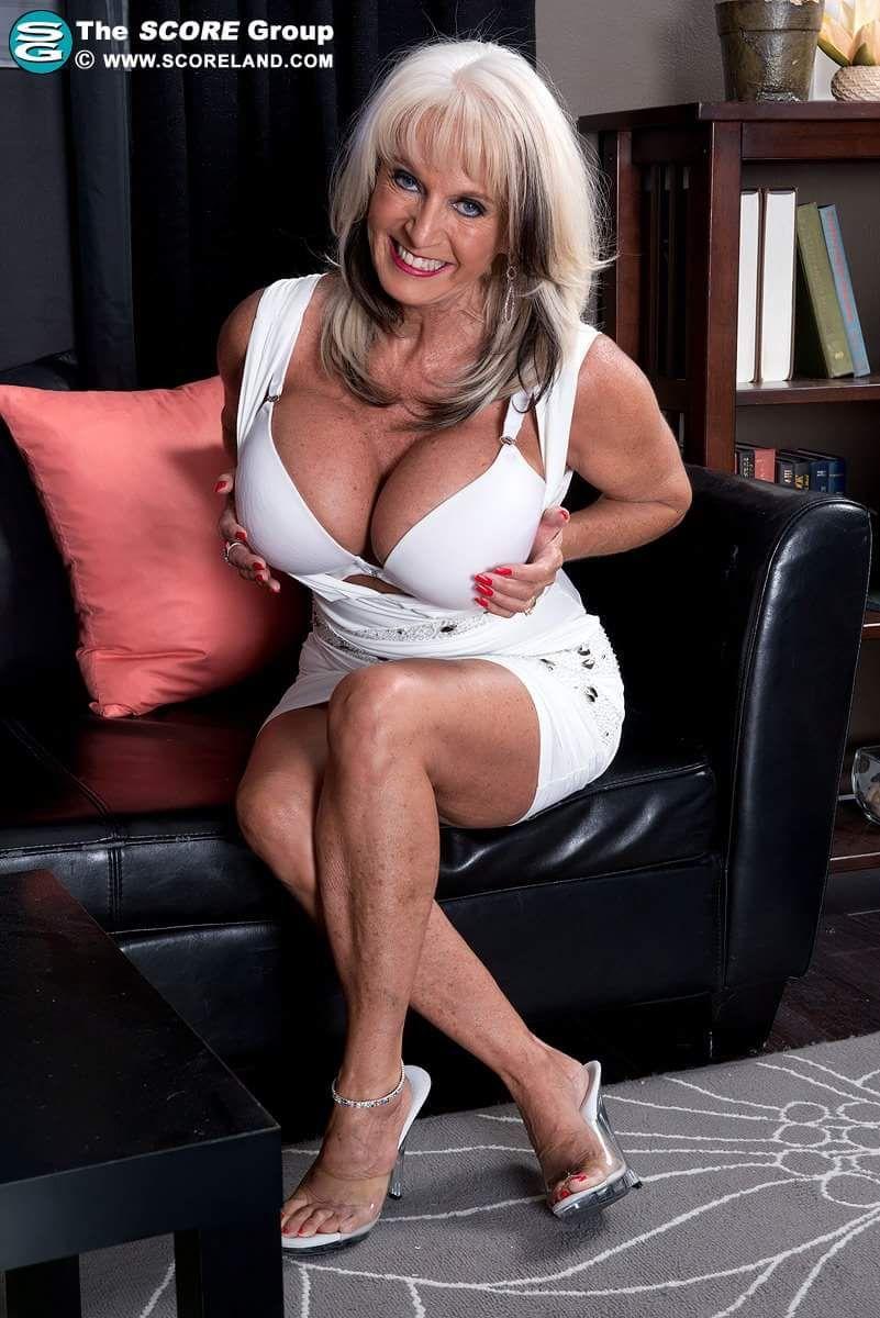 Milf dd tits porn stars