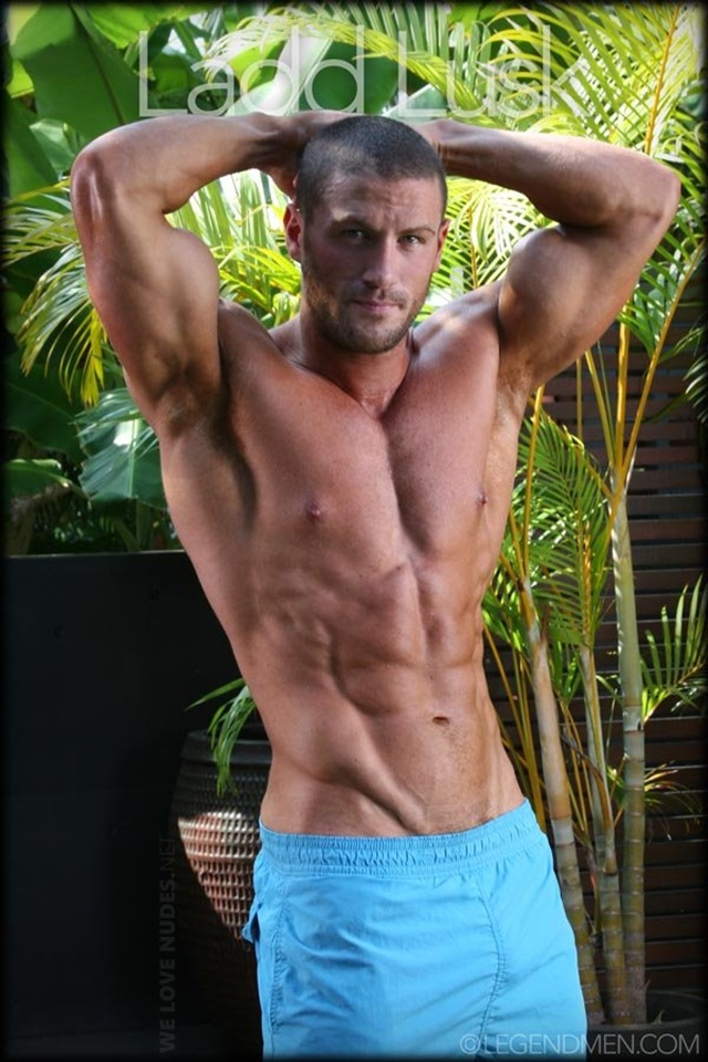 Gay muscle hunks with huge cocks