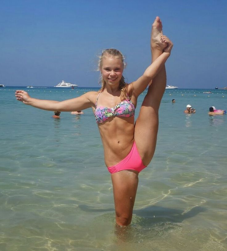 Private candid teen cheerleader