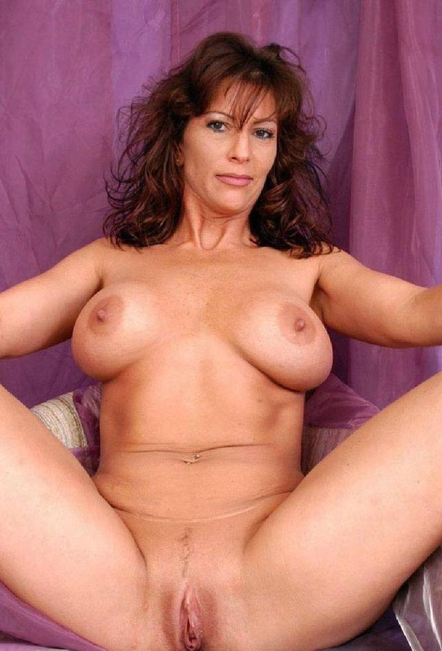 Hot sexy naked mature women
