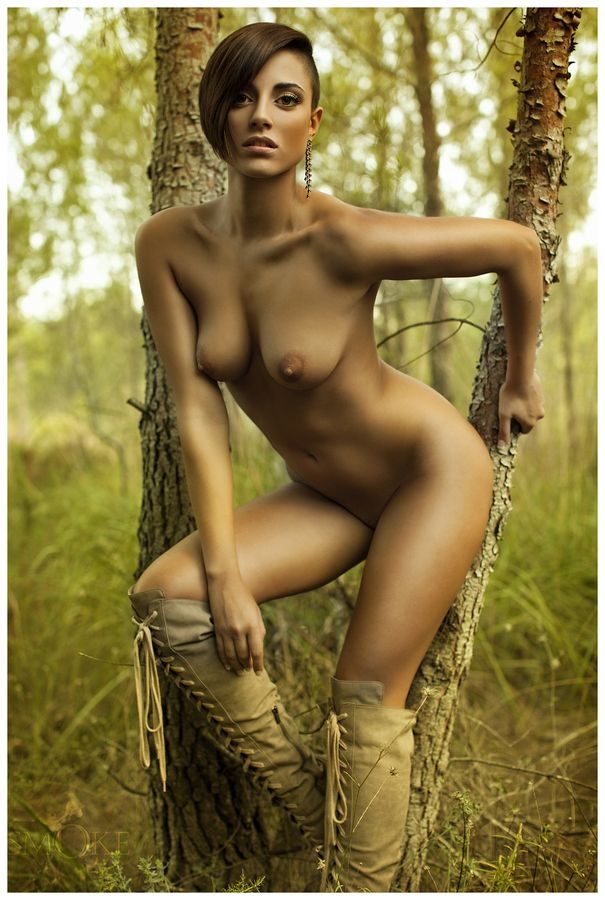 Photography beautiful nudes outdoors