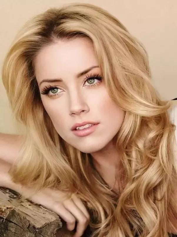 Girl with blonde hair green eyes