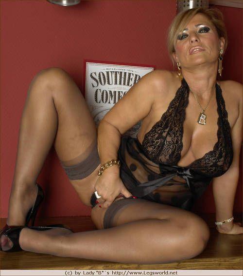Porn photo mature lady barbara footjob