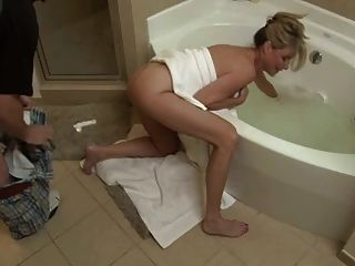 Mom fucks son porn