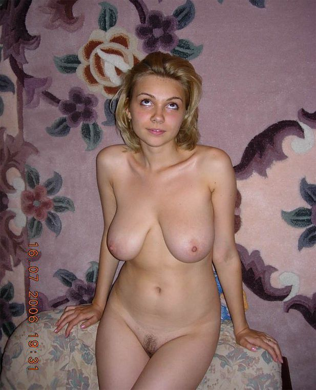 Blonde wife posing naked