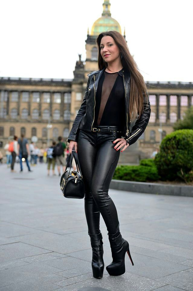 Sexy asian women fucking in leather boots