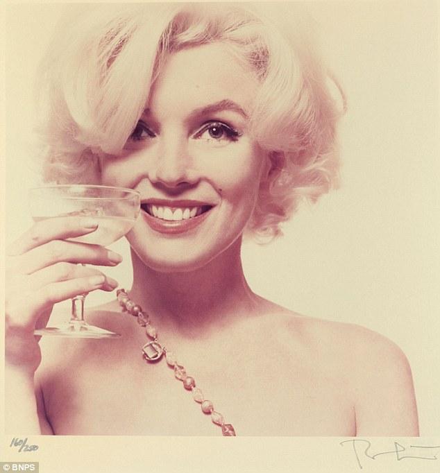 Marilyn monroe vintage nude women