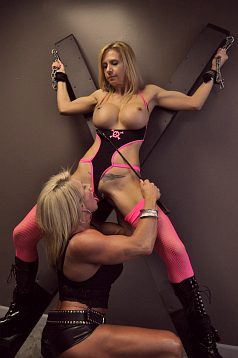 bodybuilder bondage Female