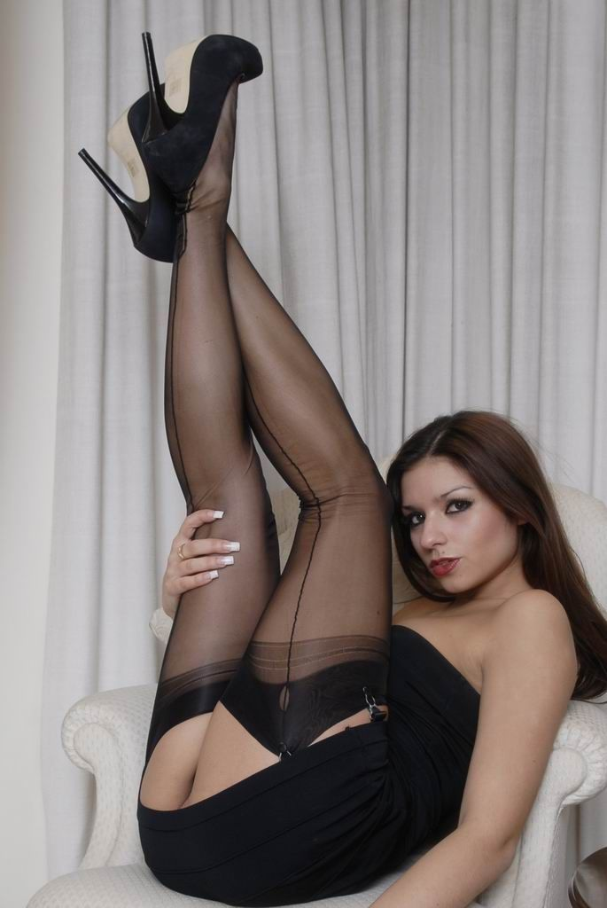 Seamed stockings porn